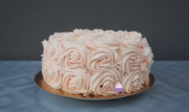 Rose cake lemon curd