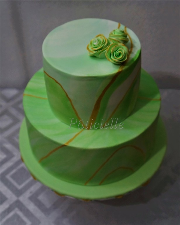 wedding cake vert fleur romantique paris