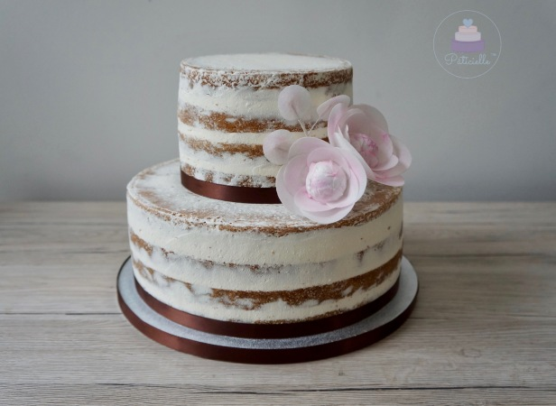 semi naked cake paticiellelogo