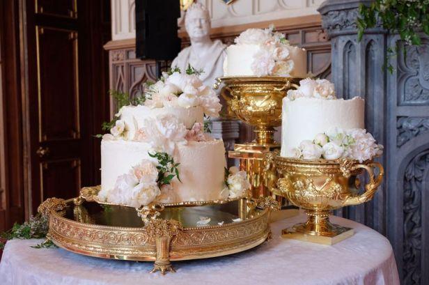 royal-wedding-cake-1526737098